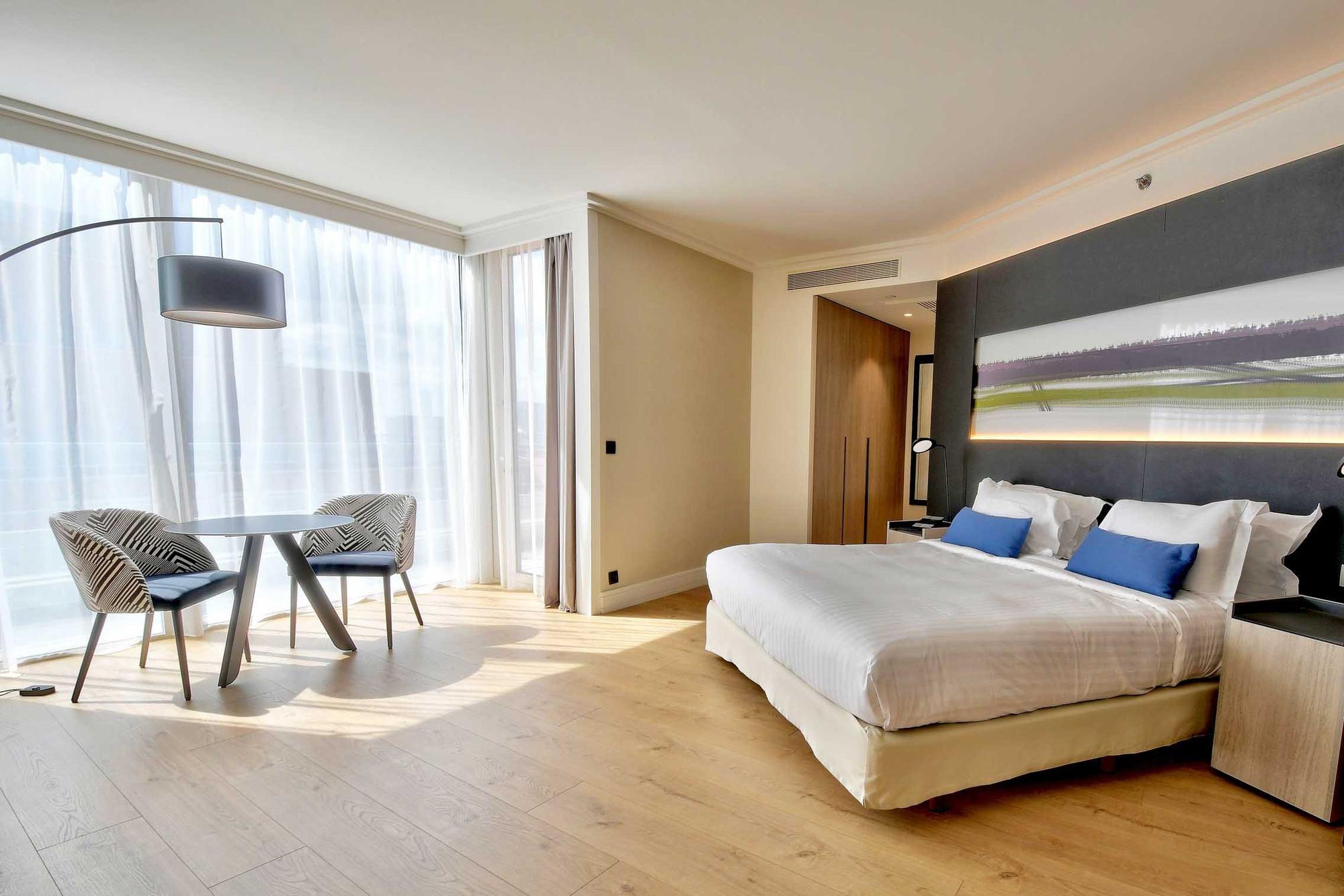 PHOTOS IMMOBILIER Marriott Chambre Hotel Cité Internationale Lyon 69006