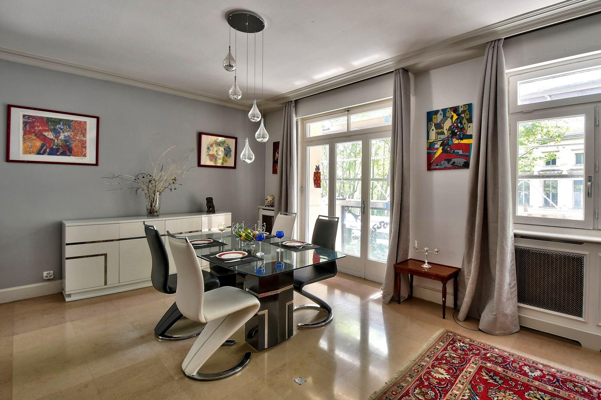 PHOTOS vente IMMOBILIER Appartement salle à manger 69006 Lyon Boulevard des Belges