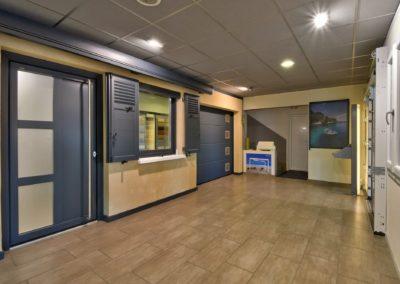 Visite virtuelle ACF Massieux 01600 Magasin de portes fenêtres et portails