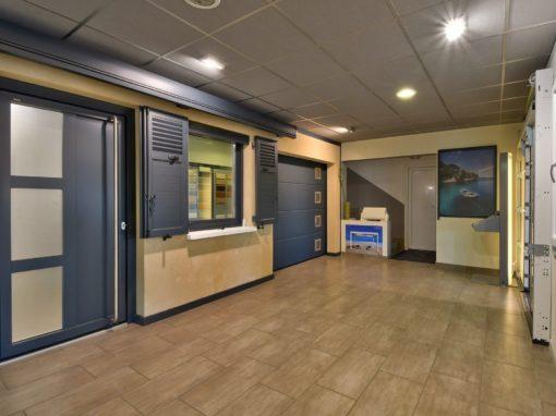 Photos pour la visite virtuelle ACF Massieux 01600 Magasin de portes fenêtres et portails
